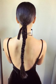 Kim-Kardashian-velevet-rope-ponytail